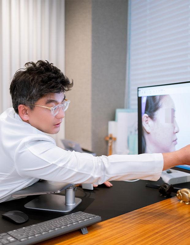이비인후과 코 성형 갤러리 이미지